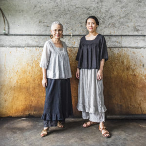 TS18-13-W 手織り綿シルクブラウス_08